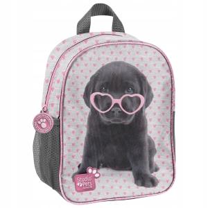 91be938dae7f8 Plecak Plecaczek Studio Pets do przedszkola z Pieskiem Labrador w  cukierkowych okularkach dla dziewczynki PTB-